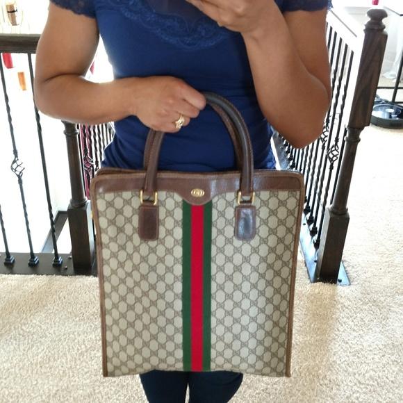 b9165b464ca Gucci Handbags - Brown Large Vintage Gucci Shopper Tote Handbag
